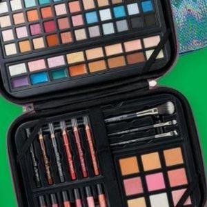 Ulta Beauty Glamour On-The-Go